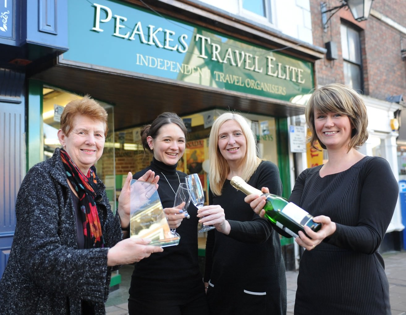 Elite Travel Group Agent of the Year Award 2013 awarded to Peakes Travel Elite