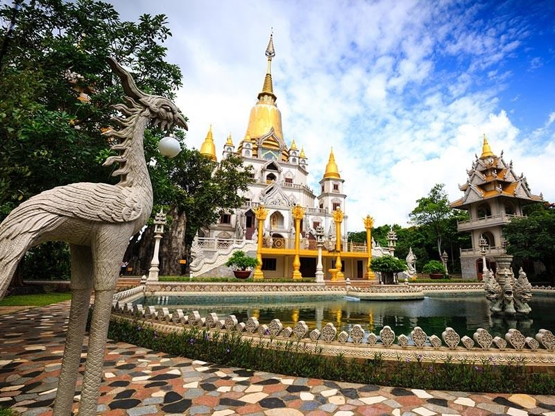 Buu Long Temple