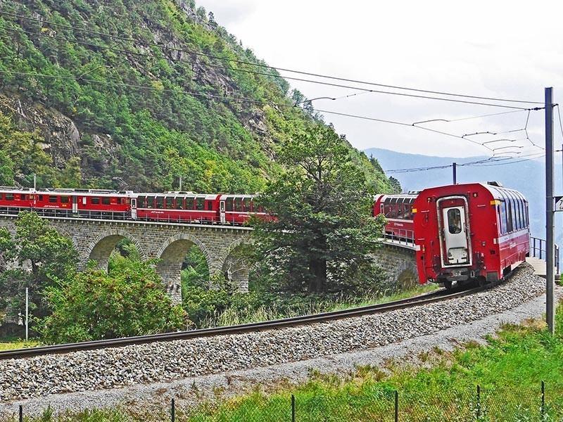 Bemina, Train Holidays